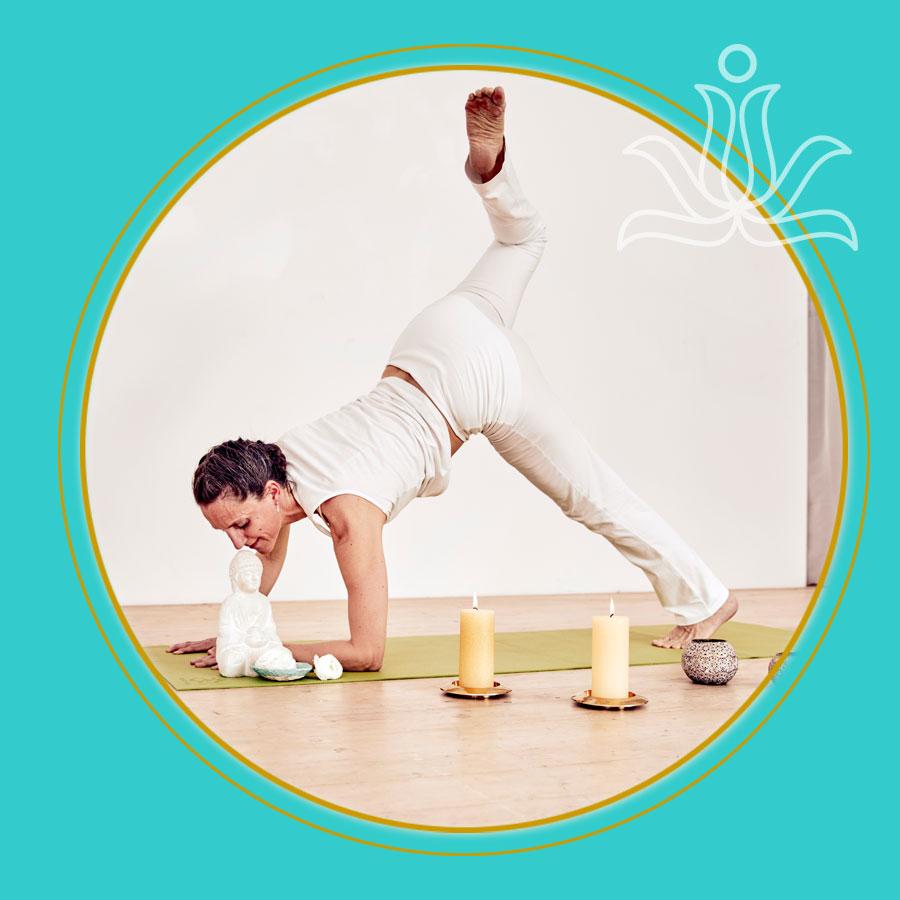 Free-Yoga-Style